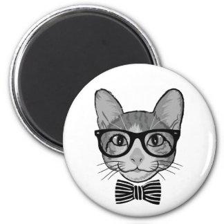 Inconformista blanco negro del gato con la imán redondo 5 cm