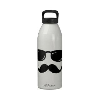 Inconformista de moda del bigote sonriente incógni botella de beber