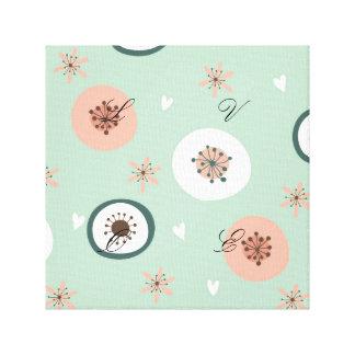 Inconformista, menta, coral, blanco, floral, lienzo envuelto para galerias