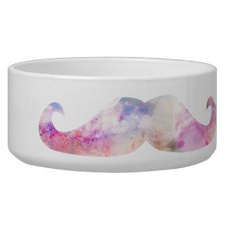 Inconformistas coloridos de los bigotes del gentel tazón para perro