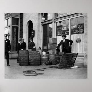 Incursión de contrabando del licor, 1923. Foto del Póster