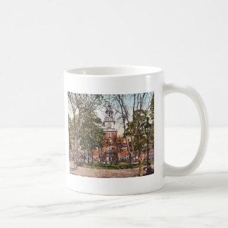 Independence Hall Vintage Philly Pensylvania Coffee Mug