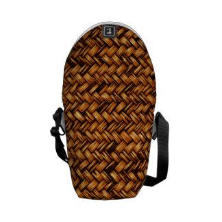 Independent Popular Well Self-Disciplined Messenger Bag