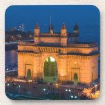 INDIA, Mumbai (Bombay): Gateway of India / Coasters
