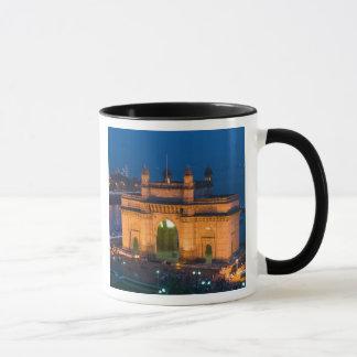 INDIA, Mumbai (Bombay): Gateway of India / Mug
