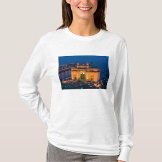 INDIA, Mumbai (Bombay): Gateway of India / T-Shirt