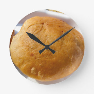 Indian snack food, oily round wall clock