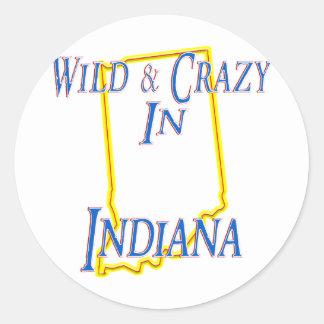 Indiana - salvaje y loca pegatina redonda