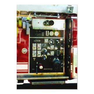 """Indicadores en el coche de bomberos invitación 5"""" x 7"""""""