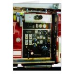 Indicadores en el coche de bomberos tarjeton