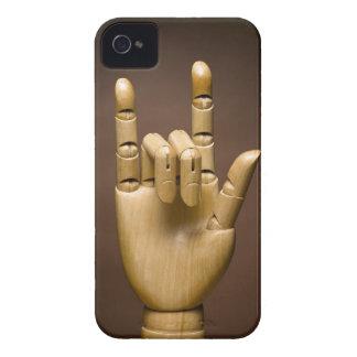 Índice de madera de la mano y pequeño dedo ampliad Case-Mate iPhone 4 carcasas