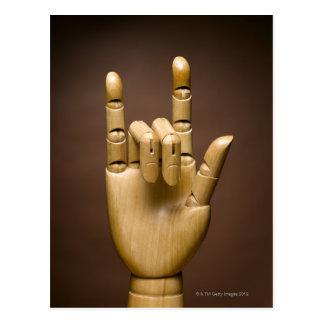 Índice de madera de la mano y pequeño dedo tarjetas postales