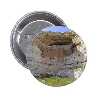 Indio del acantilado del castillo de Montezuma Pin Redondo De 2 Pulgadas