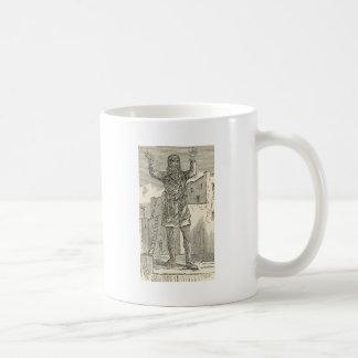 Indio del pueblo en el rezo taza de café