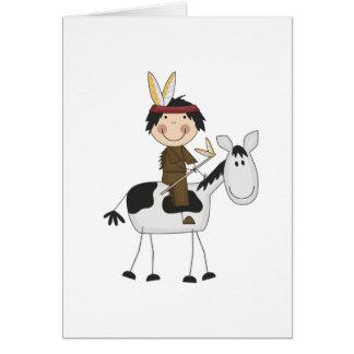 Indio en las camisetas y los regalos del caballo felicitaciones