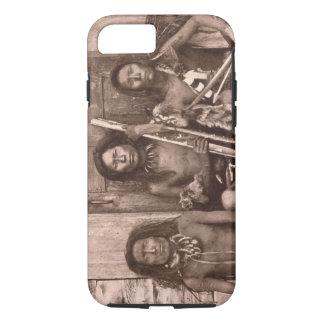 Indios de Spokane, 1861 (foto de b/w) Funda iPhone 7