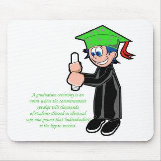 Individualidad en la graduación tapete de ratón