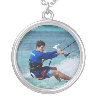Individuo de Kitesurfing Joyería