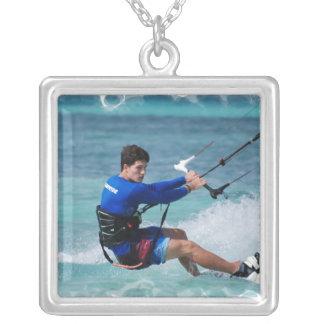 Individuo de Kitesurfing Grimpola Personalizada