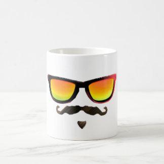 Individuo fresco taza de café