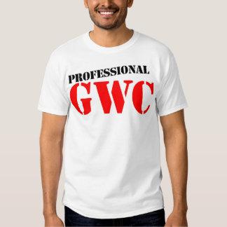 Individuo profesional con la cámara camisas