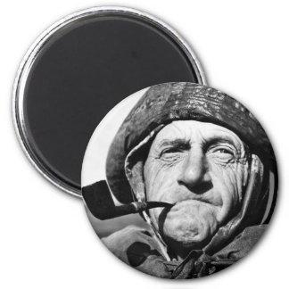 Individuo que fuma un tubo, los años 40 imán para frigorifico
