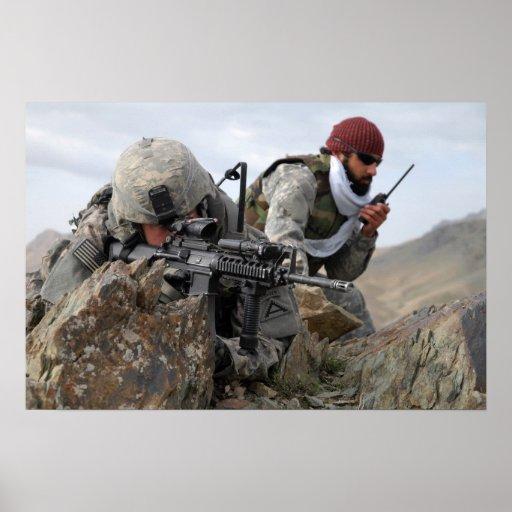 Individuos frescos del soldado militar afgano poster