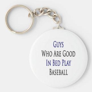 Individuos que son buenos en béisbol del juego de  llavero redondo tipo pin