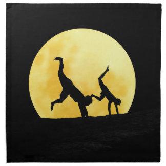 Individuos y la Luna Llena Servilletas De Papel