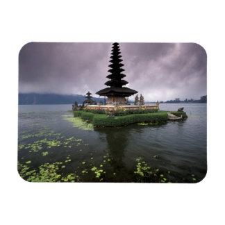 Indonesia, Bali, templo de Ulun Danu Rectangle Magnet