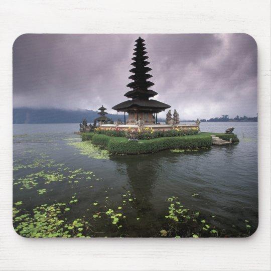 Indonesia, Bali, Ulun Danu Temple. Mouse Pad