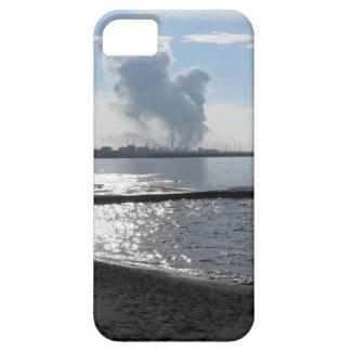 Industrial landscape along the coast iPhone SE/5/5s case