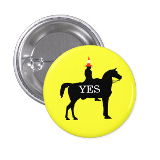 Indy Duke of Wellington Yes Horse Button Badge