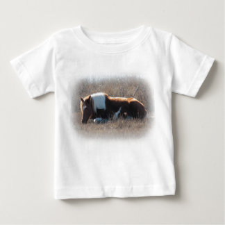 Infant T-shirt with pony picture.