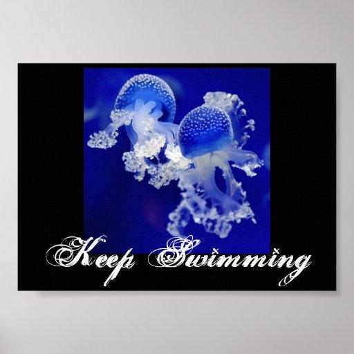 Infante de marina azul de la nadada del océano del posters