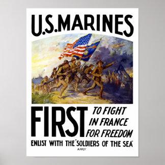 Infantes de marina -- Primero para luchar en Franc Poster
