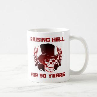 Infierno de aumento por 90 años taza clásica