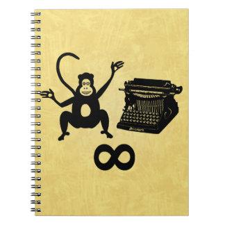 Infinito divertido de la máquina de escribir del m libro de apuntes