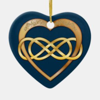 Infinito doble entrelazado de los corazones - oro adorno de cerámica en forma de corazón
