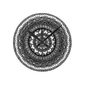 Infinity Flower Round Clocks