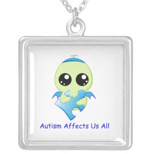 Influencias del autismo - bebé Cthulhu Collar Plateado