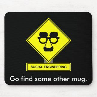 Ingeniería social Mousepad