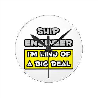Ingeniero de la nave. Soy un poco una gran cosa Relojes