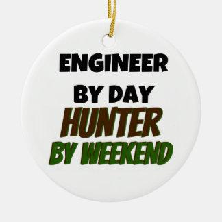Ingeniero del cazador del día por fin de semana ornamento para arbol de navidad