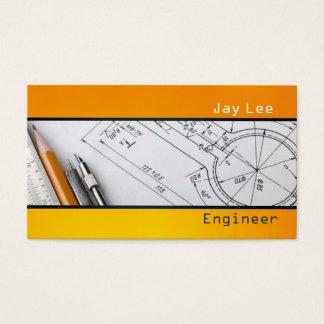 Ingeniero, dirigiendo la tarjeta de visita del