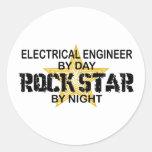 Ingeniero eléctrico de la estrella del rock pegatinas redondas