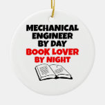 Ingeniero industrial del aficionado a los libros ornatos