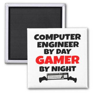 Ingeniero informático del videojugador imán cuadrado