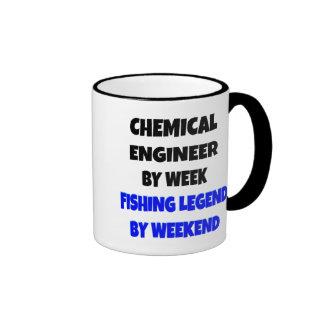 Ingeniero químico de la leyenda de la pesca taza de dos colores