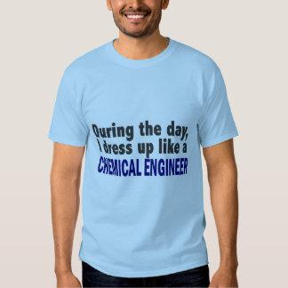 Ingeniero químico durante el día poleras